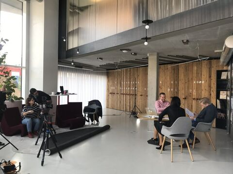 Filming with TV bydlení